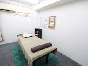 当院の施術ベッド